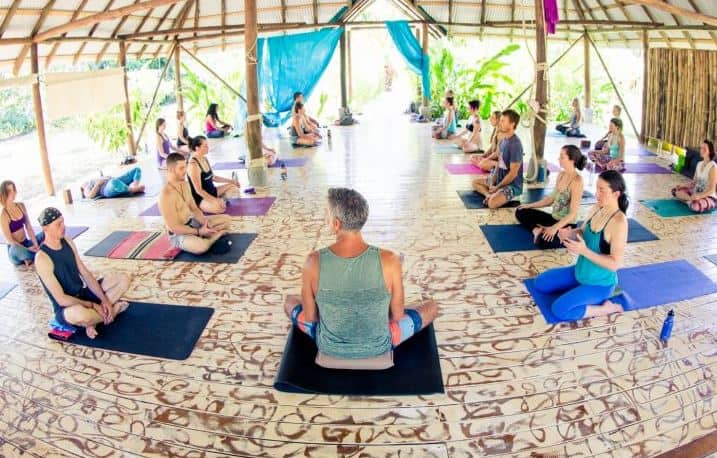 yoga costa rica mal pais