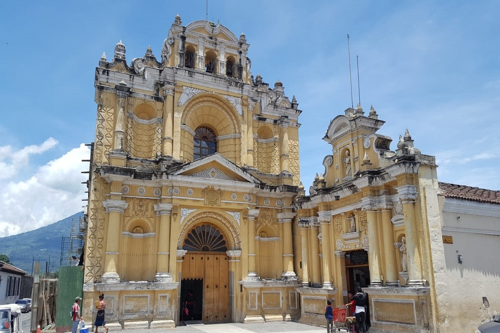 Antigua kerk Guatemala en Belize reis