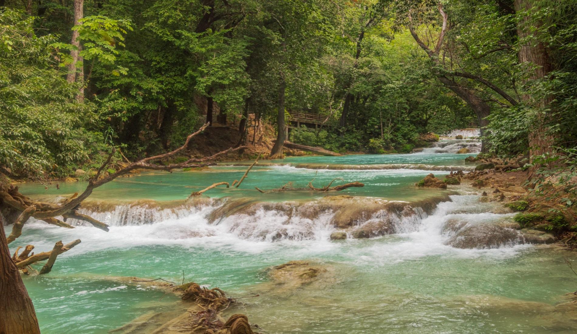 Cascada El Chiflon mexico