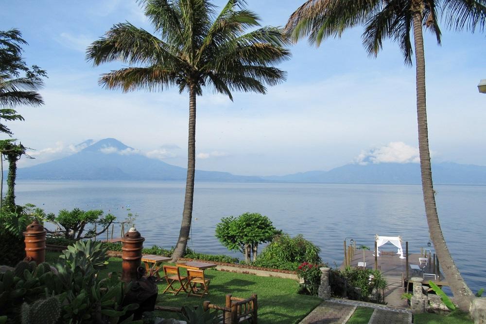 Lake Atitlan Be&Gua