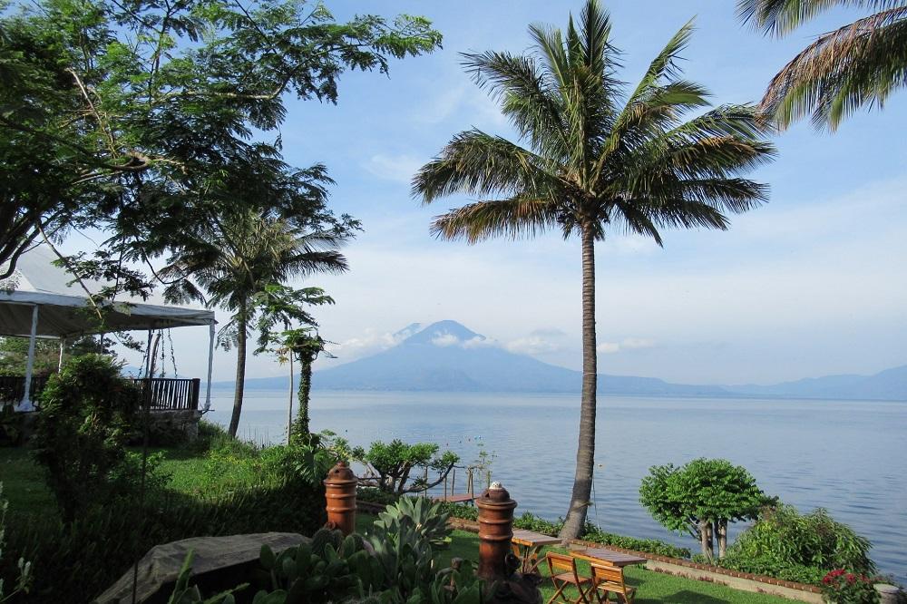 Lake Atitlan Guatemala en Belize