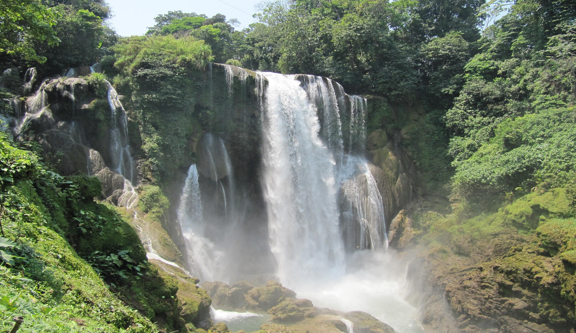 Pulhapanzak waterfalls rondreis honduras