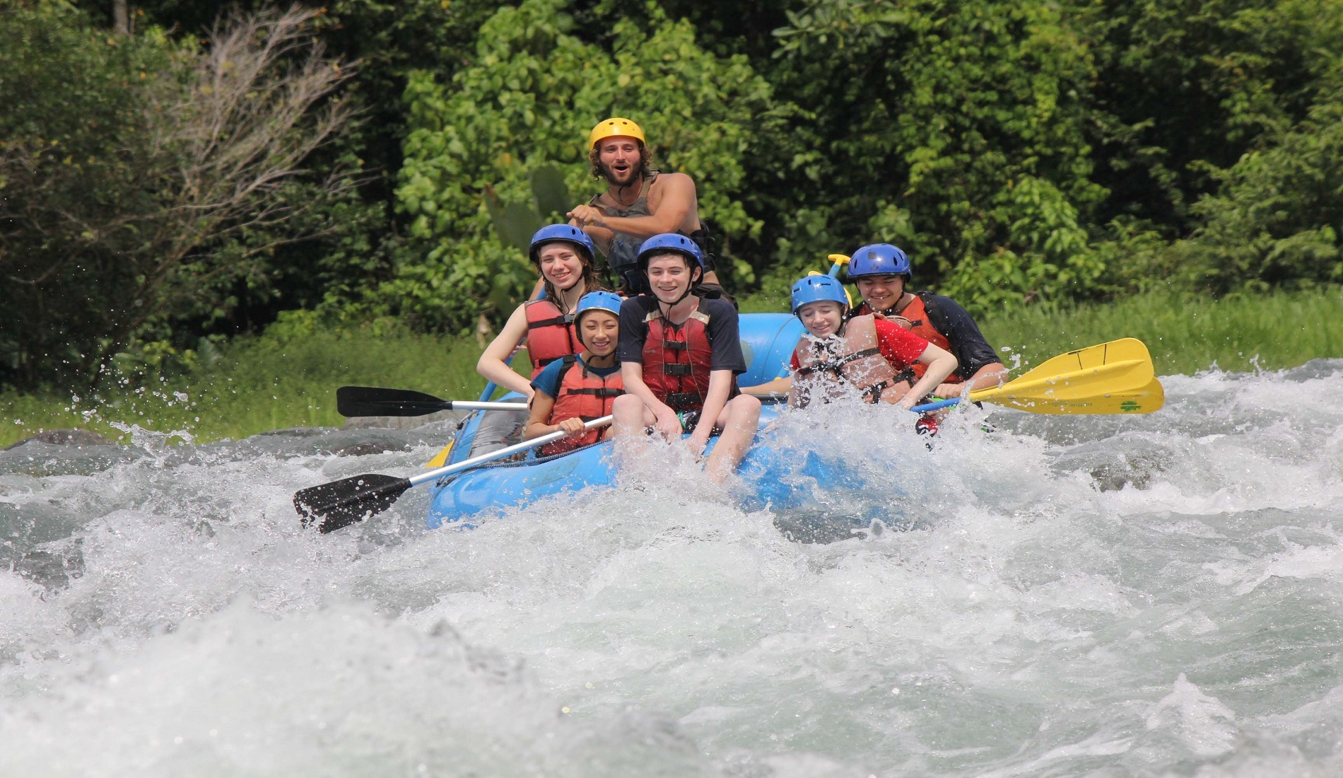 Rafting savegre rivier