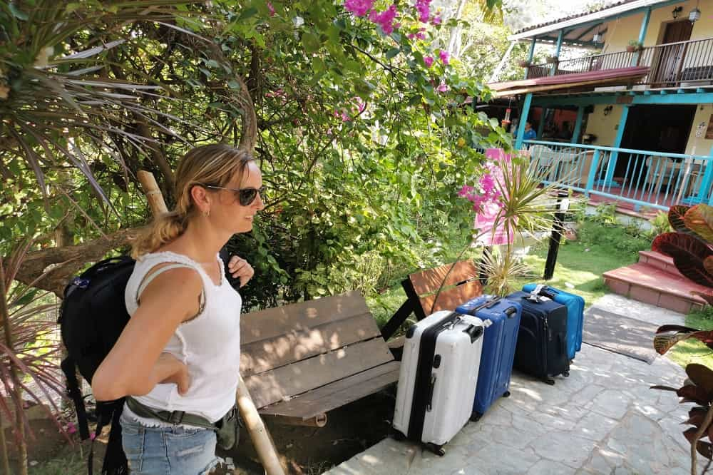 Reisverslag Colombia Barbara met koffers