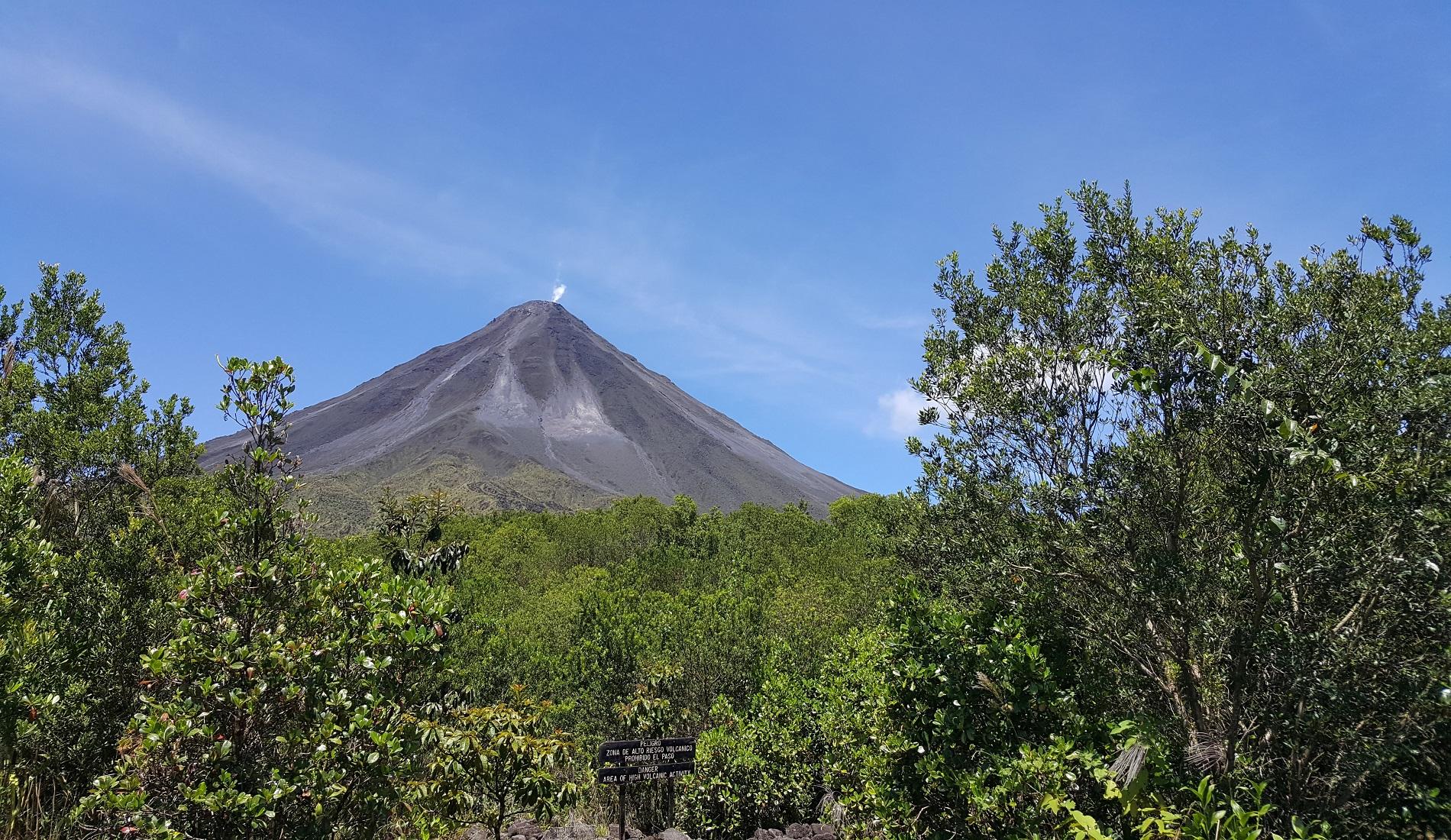 arenal vulkaan selfdrive costa rica