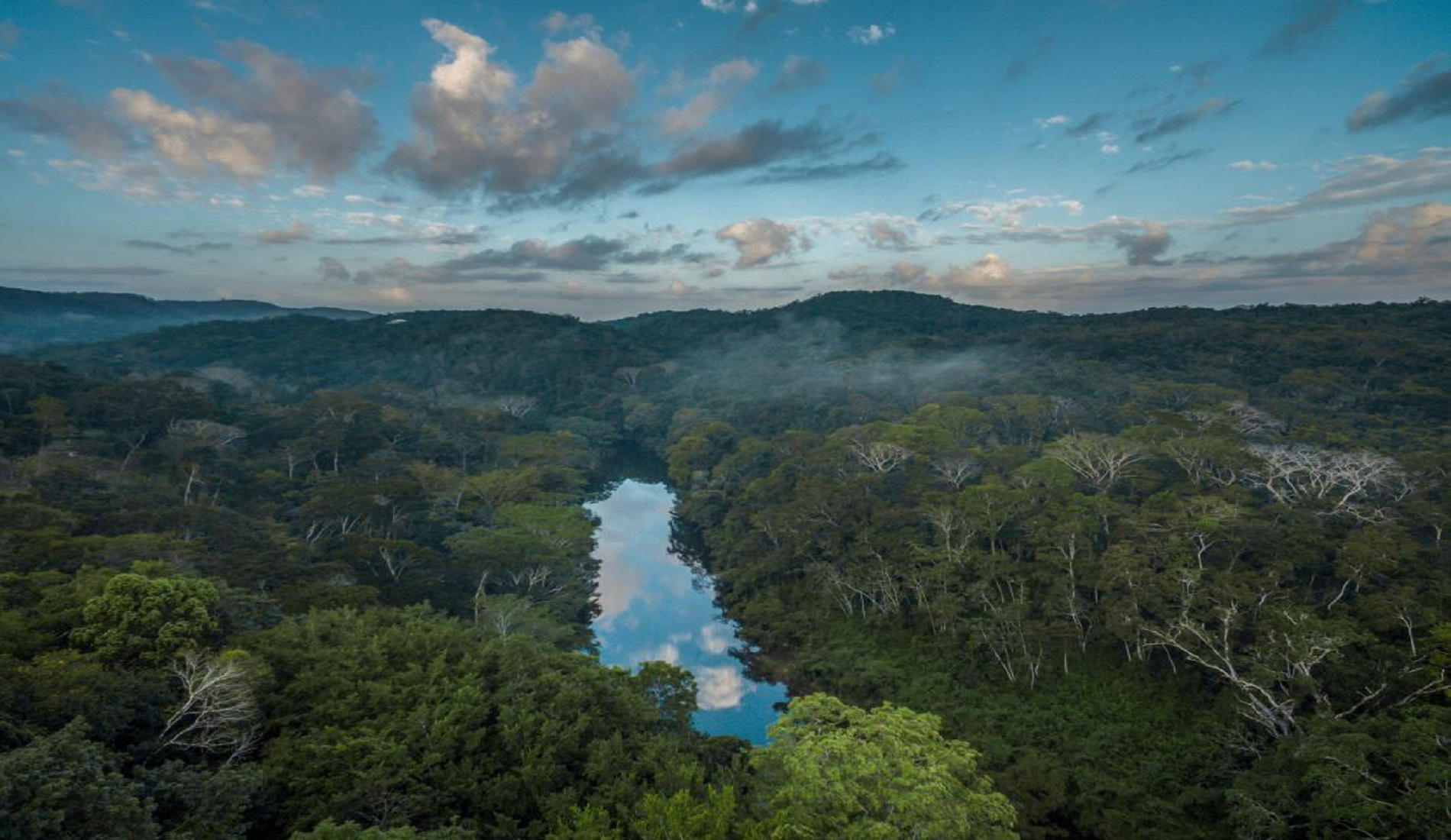 belize kerstvakantie regenwoud macal rivier
