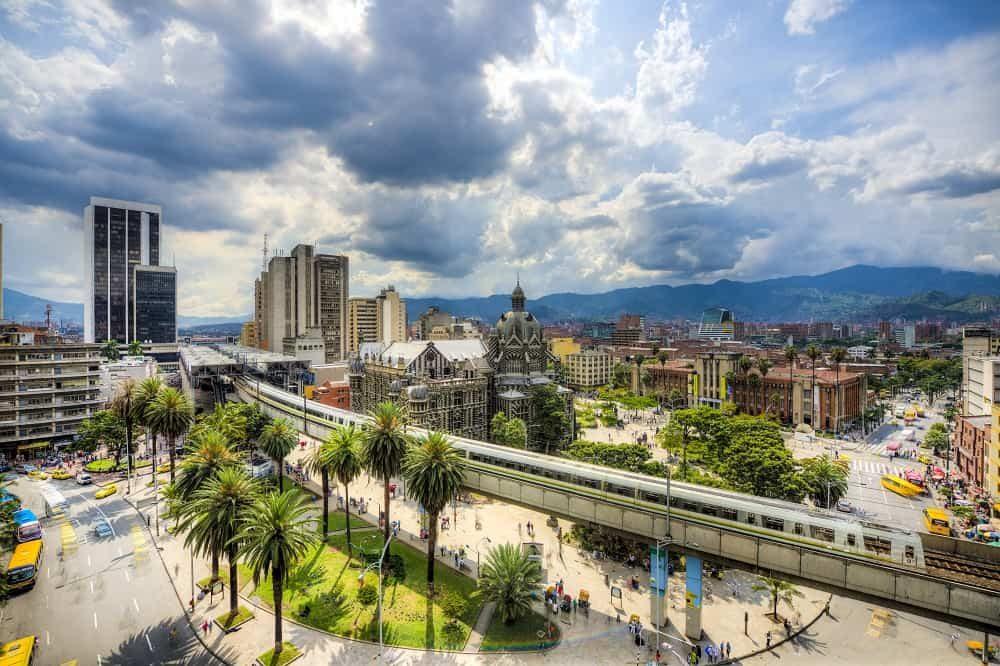 Colombia reizen Greater Medellin Bureau