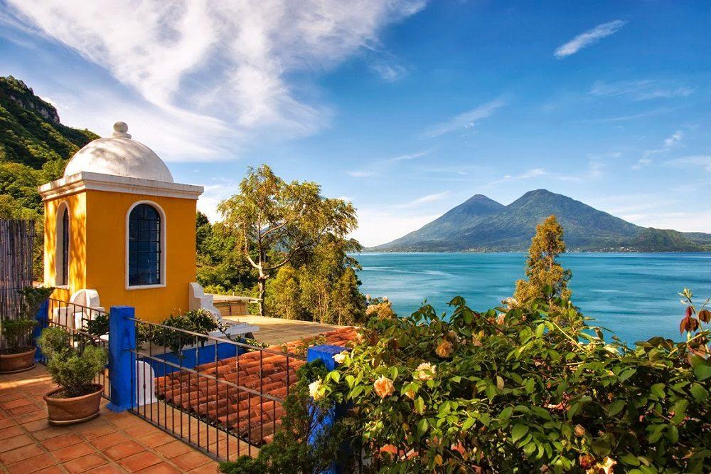 Hotel lake atlitan uitzicht
