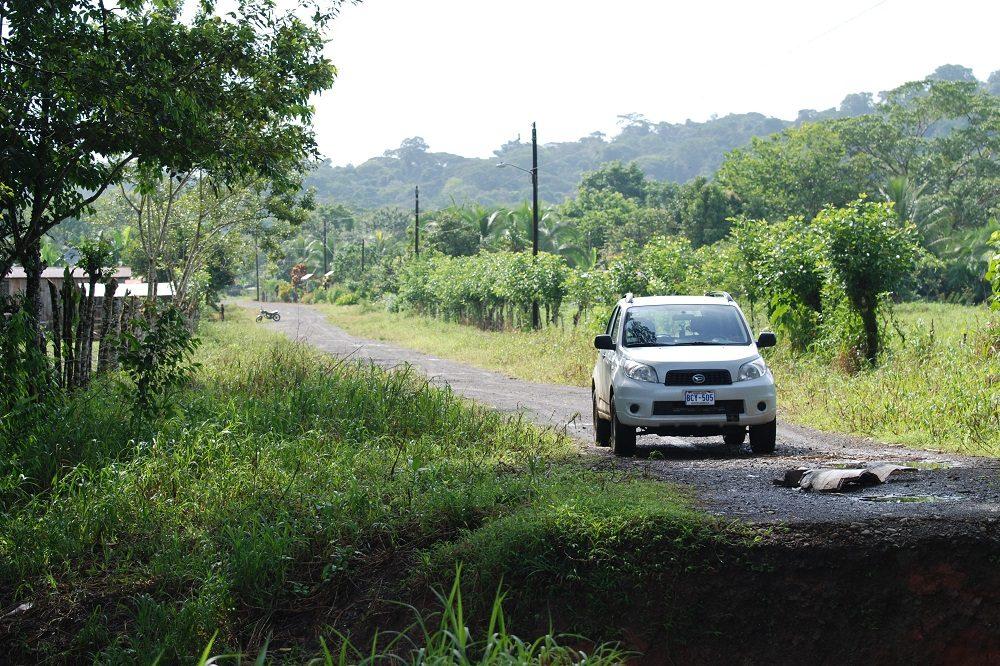 Huurauto Costa Rica onverharde weg