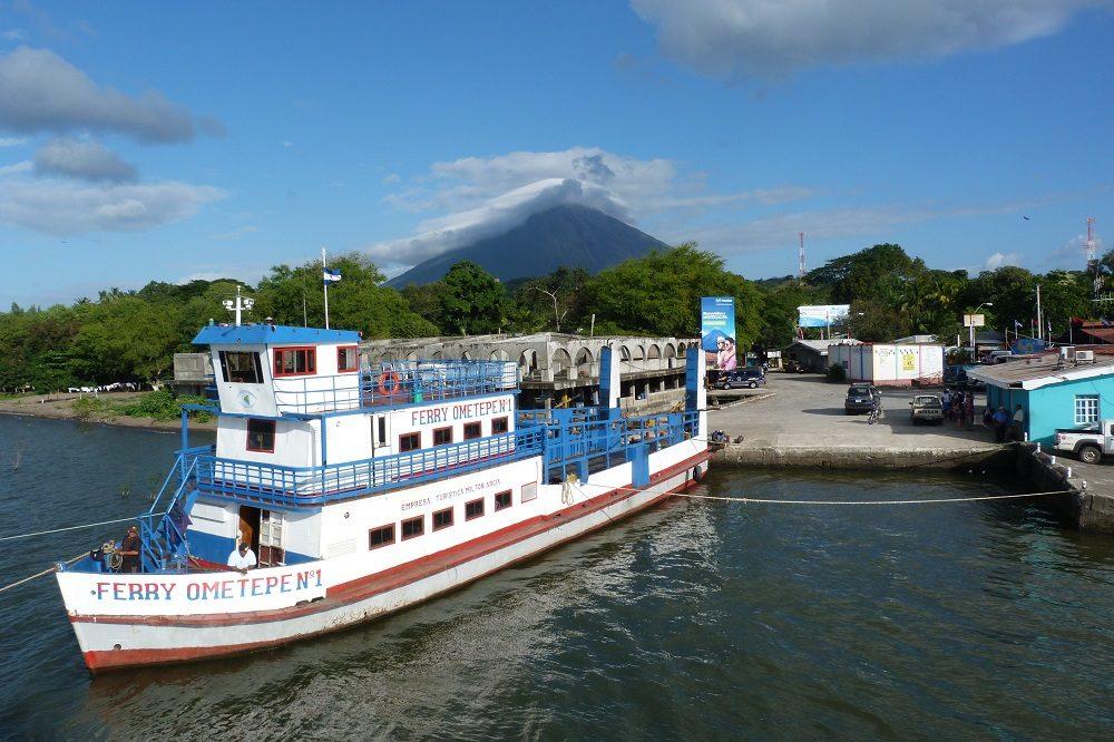 Isla de Ometepe ferry vulkaan