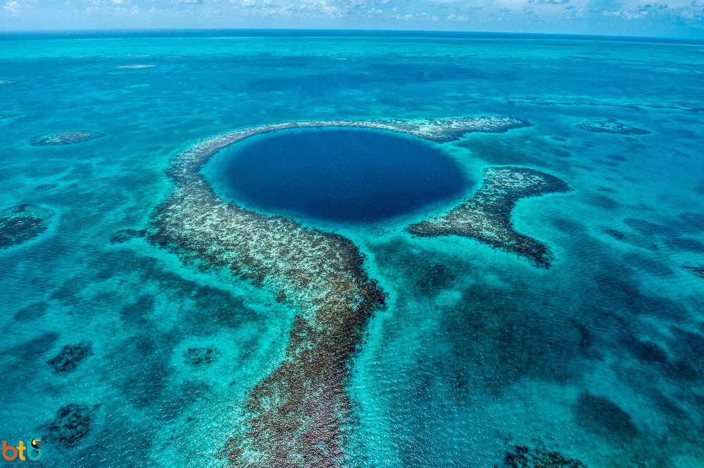 Ontdek de Great Blue Hole in een rondreis belize