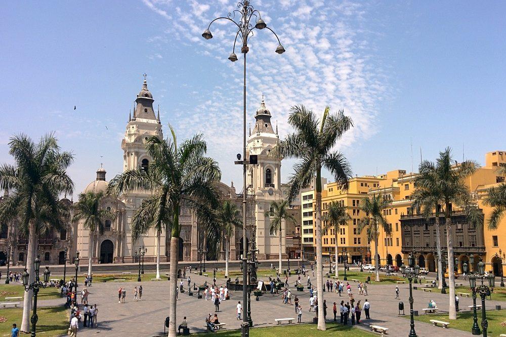 Plaza de Armas Lima Rondreis