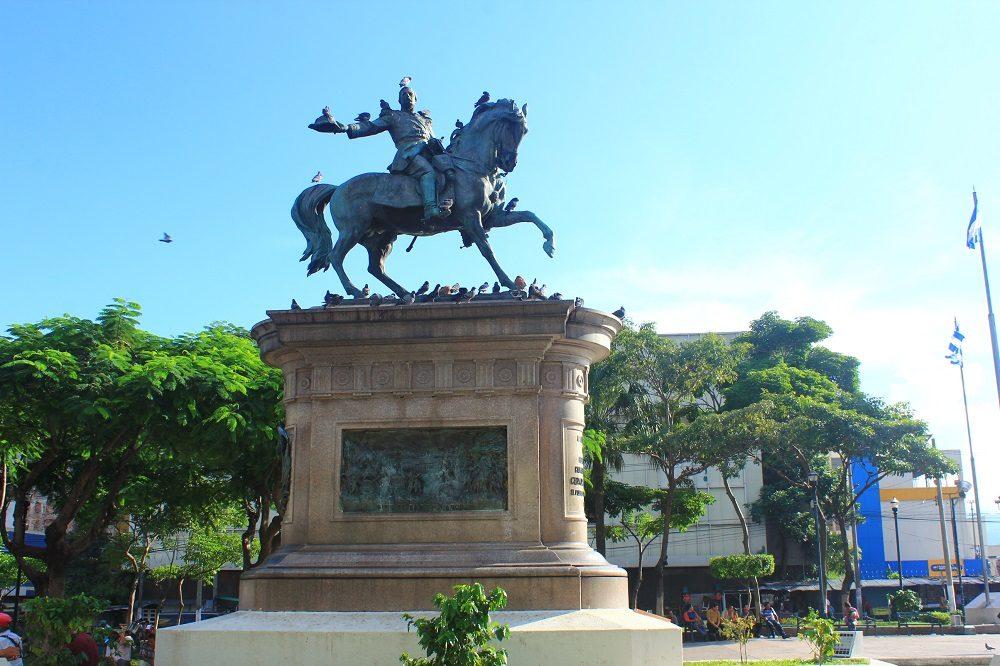 San Salvador main squaire el salvador