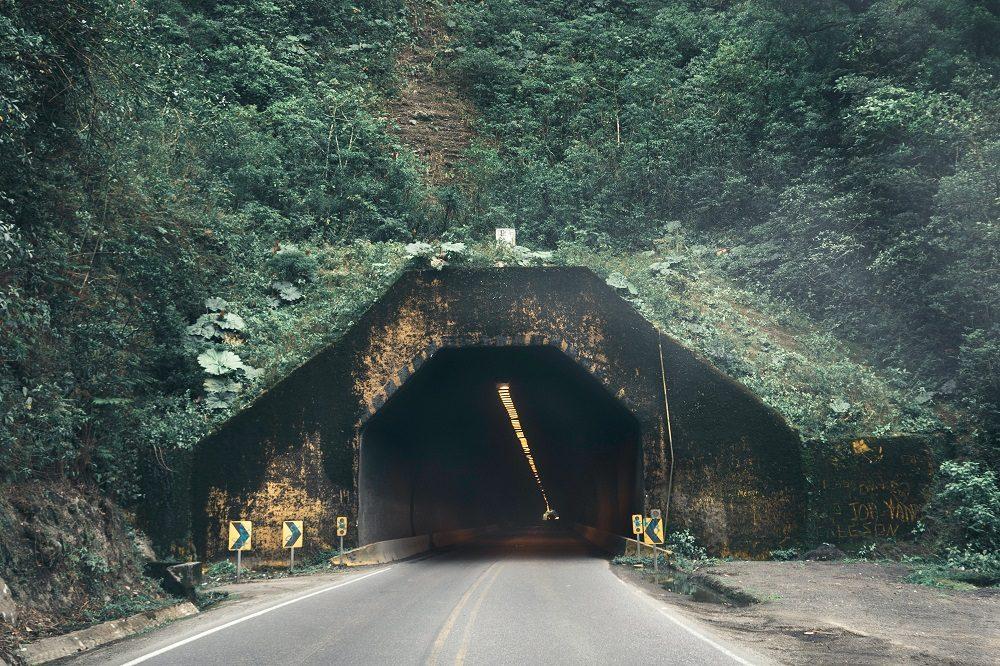 Tunnel braulio national park