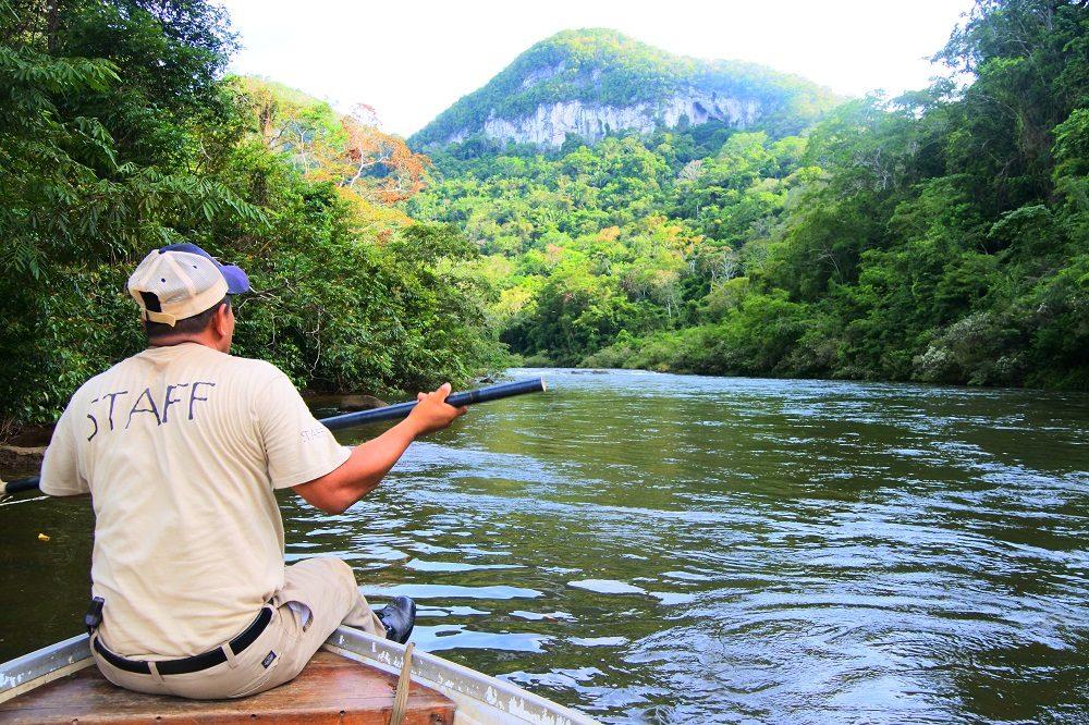 belize hoogtepunten reis macal rivier kano