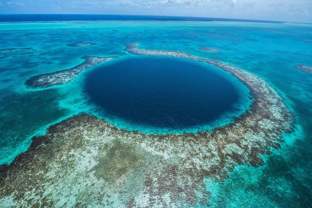bezienswaardigheden belize the great blue hole