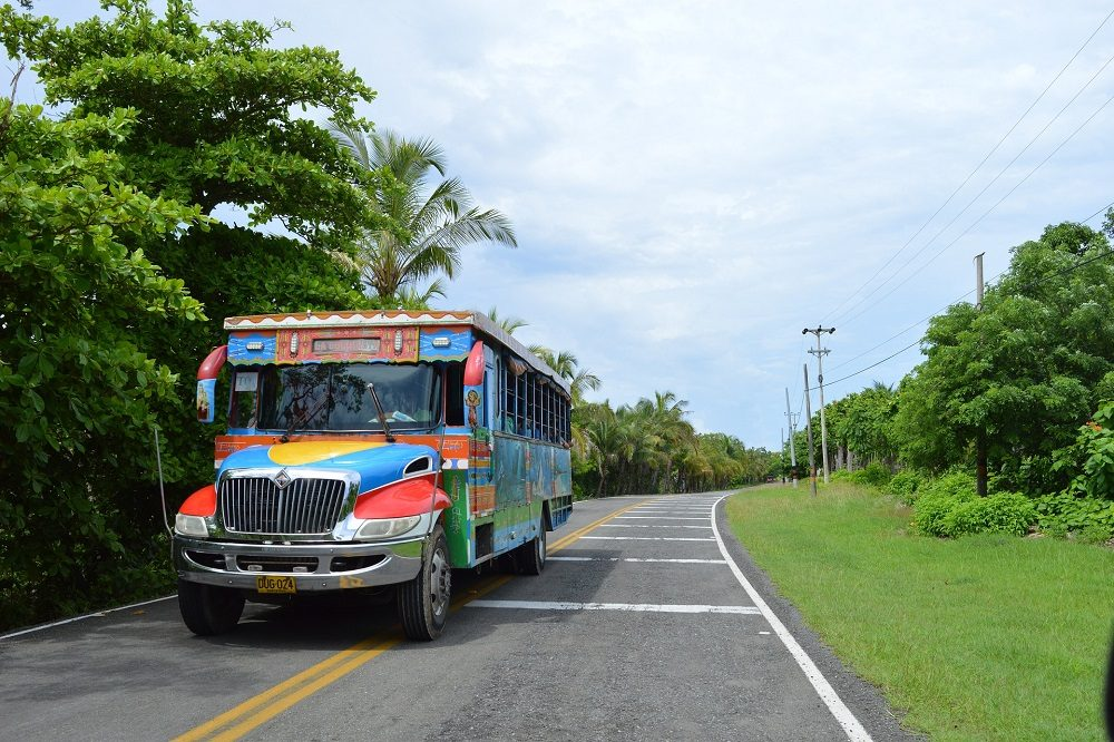 bus colombia
