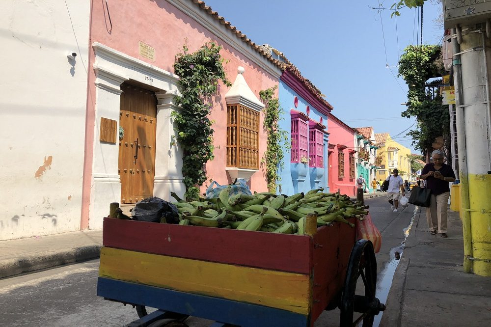 cartagena colombia straat
