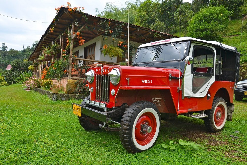 colombia jeep