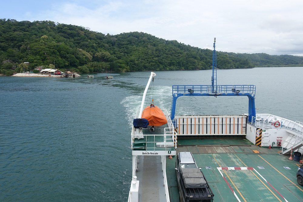 ferry costa rica met kinderen