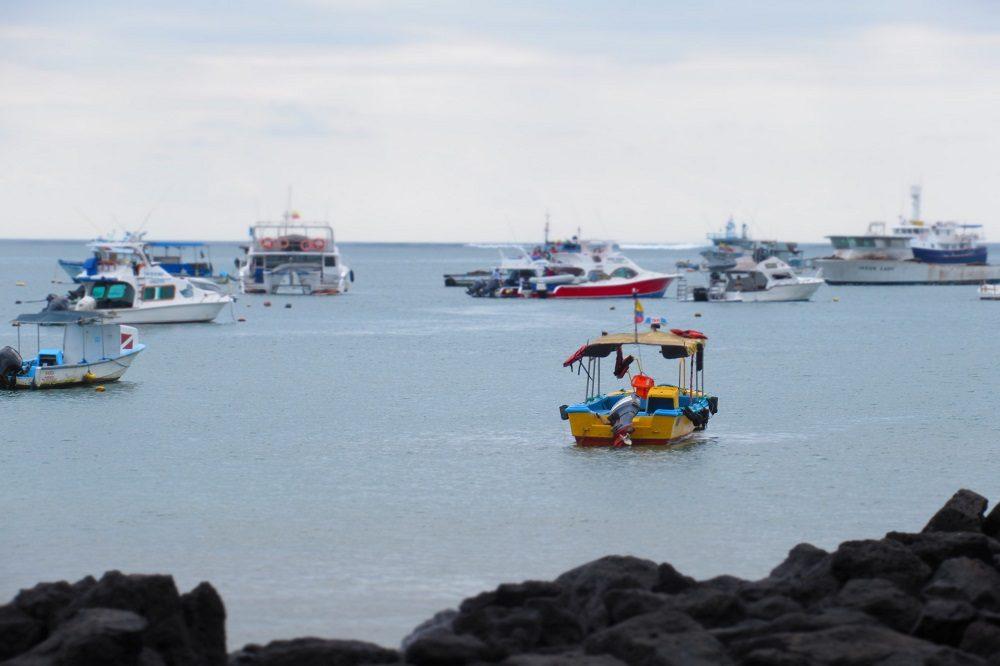 galapagos eilanden boot