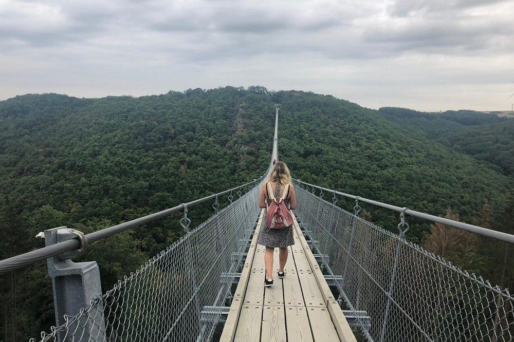 hanging bridge Barbara