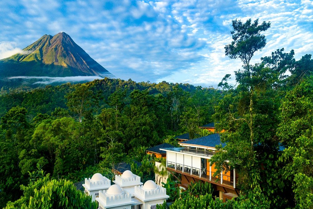 luxe hotel arenal
