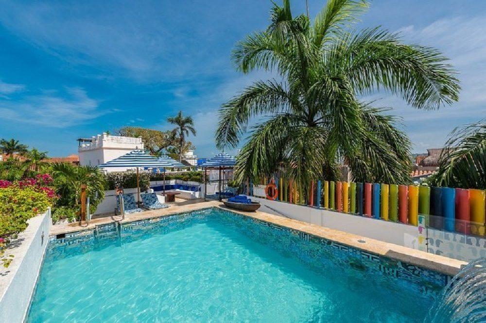 luxe reis colombia cartagena zwembad