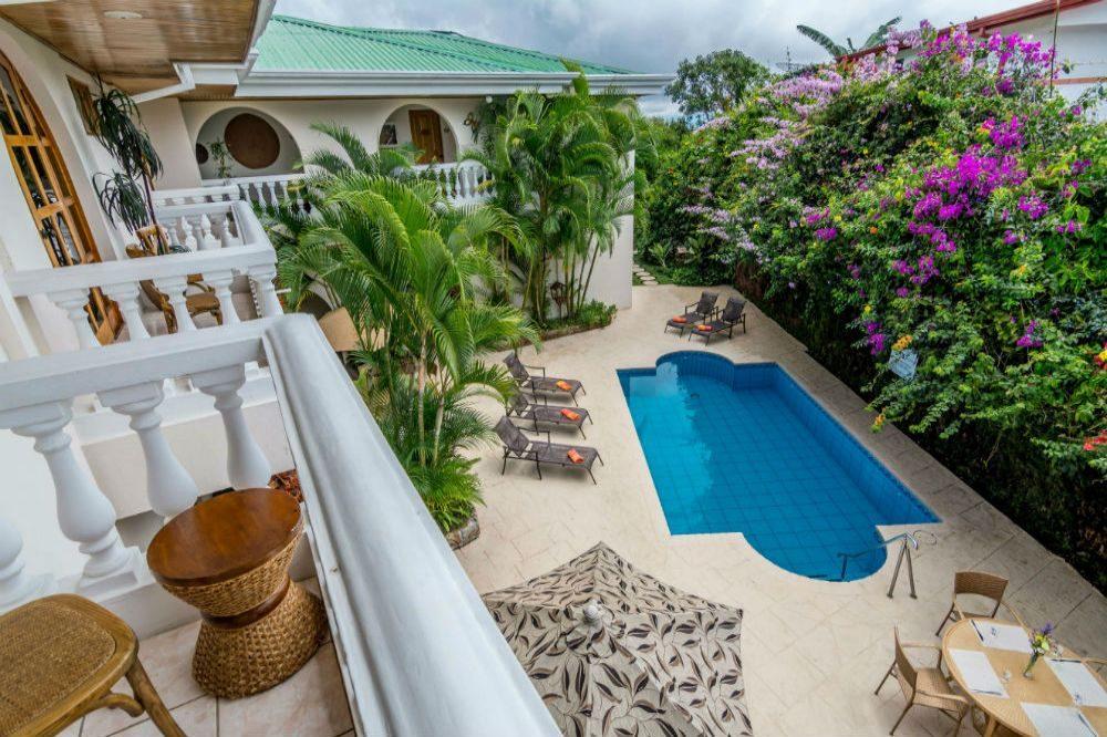 luxe reis costa hotel pool alajuela