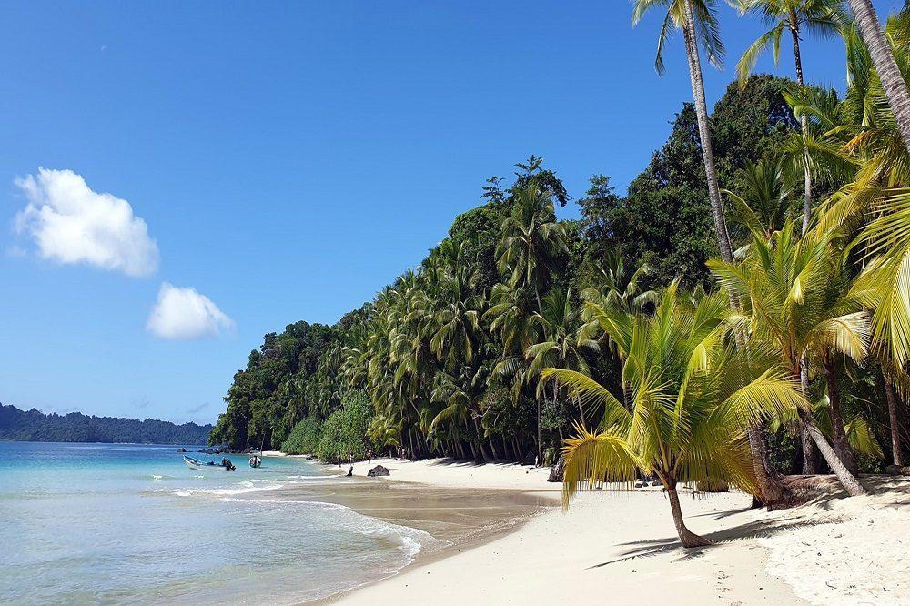 mooiste stranden panama isla coiba
