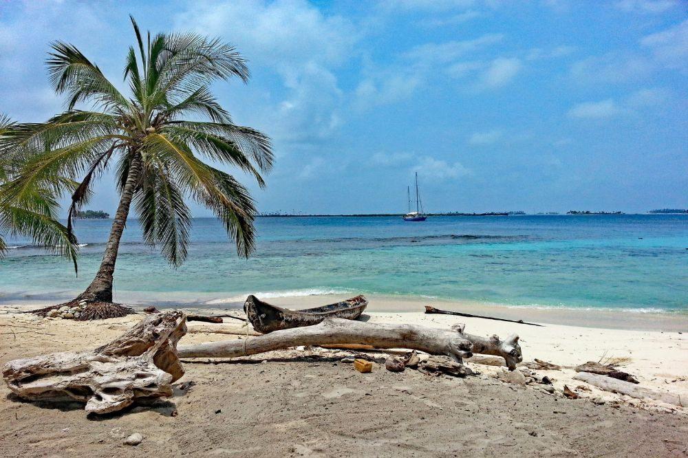 panama reizen eiland