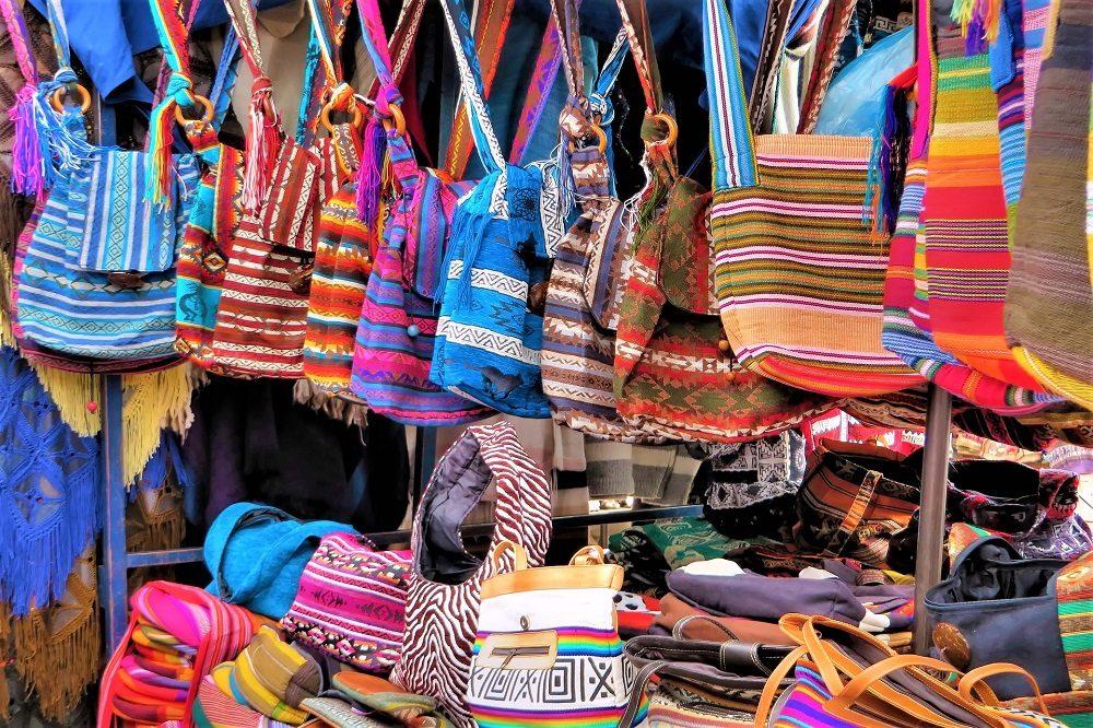 rondreis ecuador galapagos otavalo markt