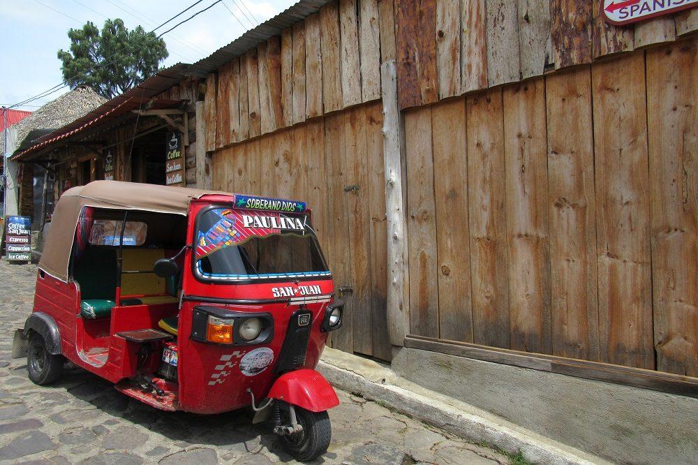 rondreis guatemala tuktuk san juan
