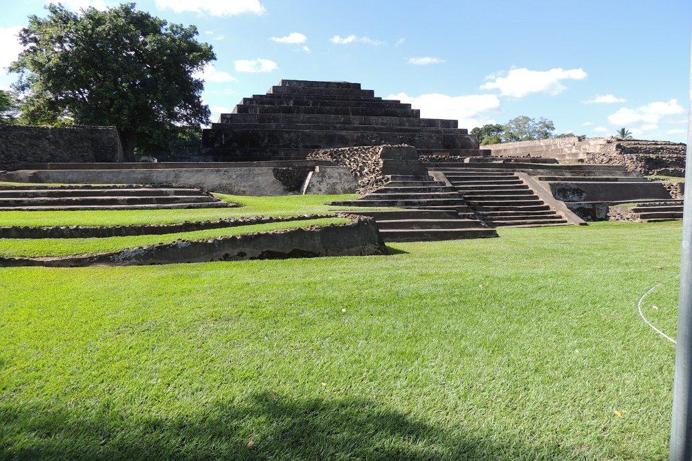 tazumal maya el salvador