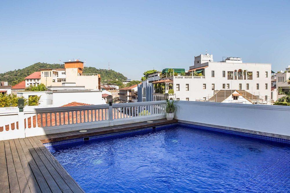 zwembad hotel panama stad