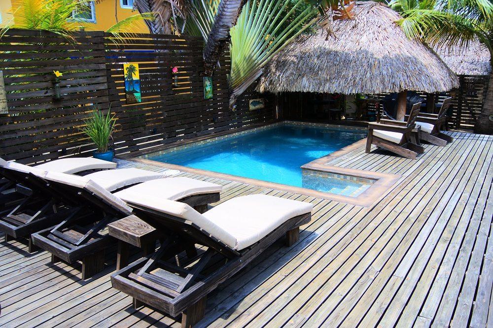 zwembad hotel placencia belize