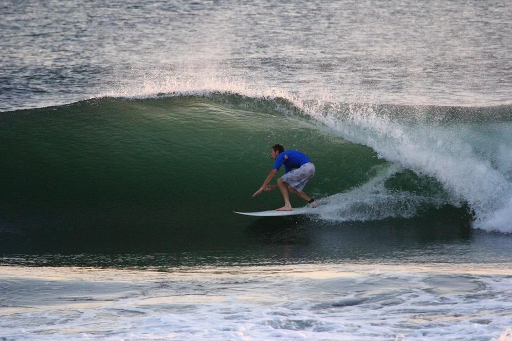 el cuco surfen rondreis el salvador