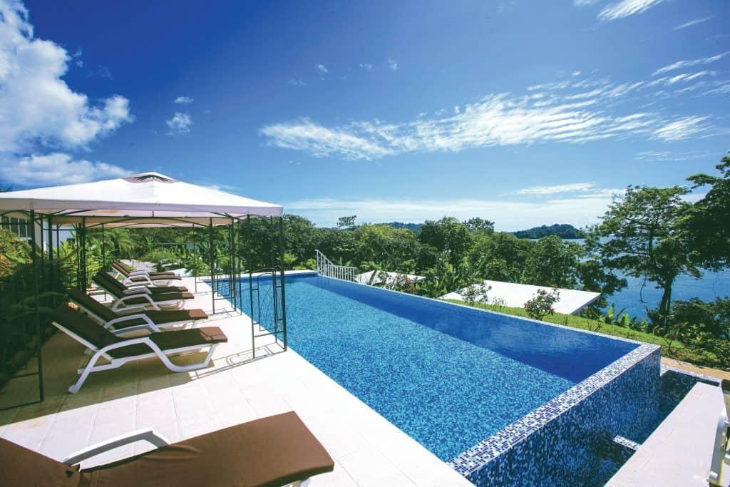 huwelijksreis Panama zwembad