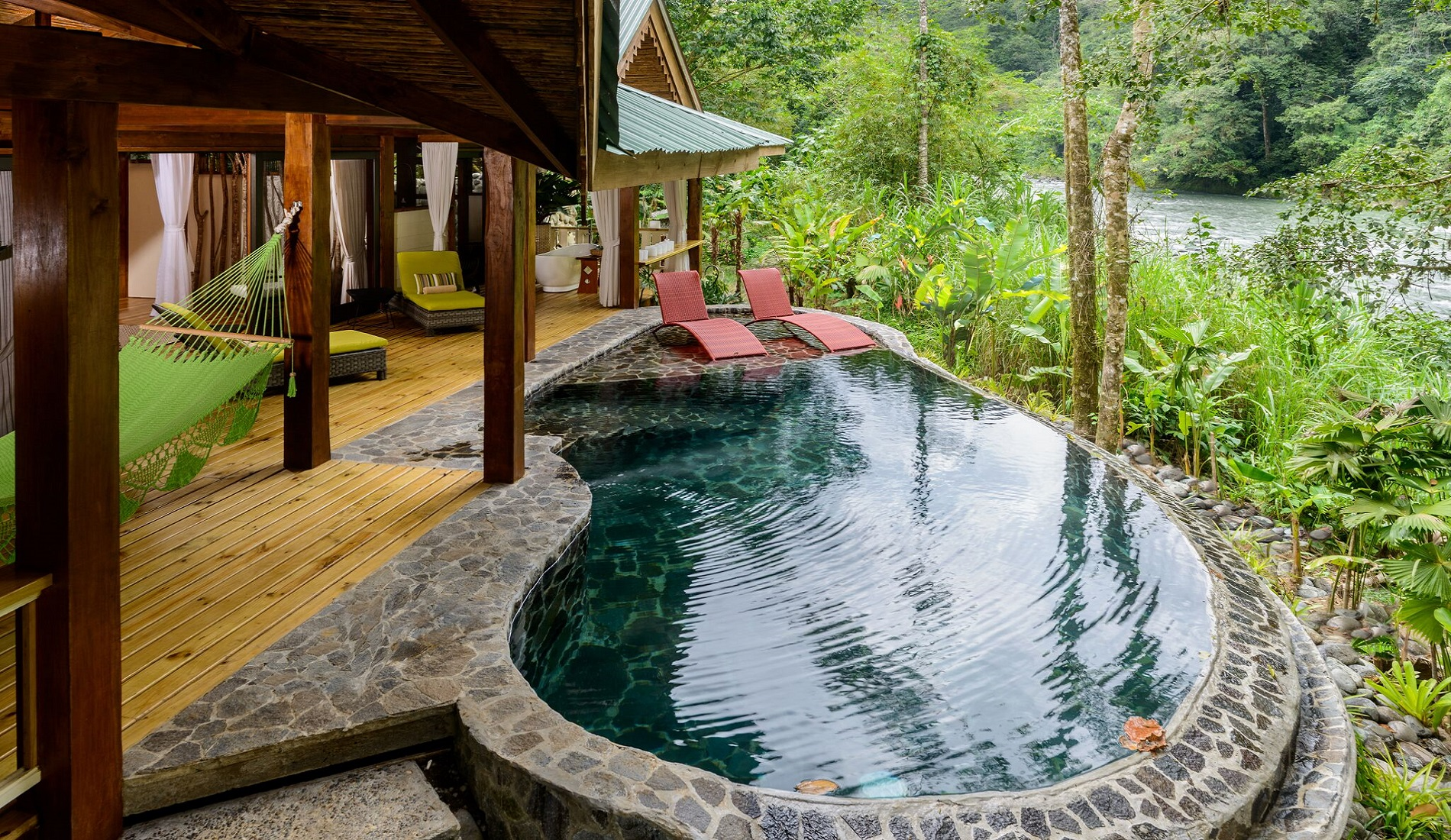 lodge pacuare rivier plunge pool