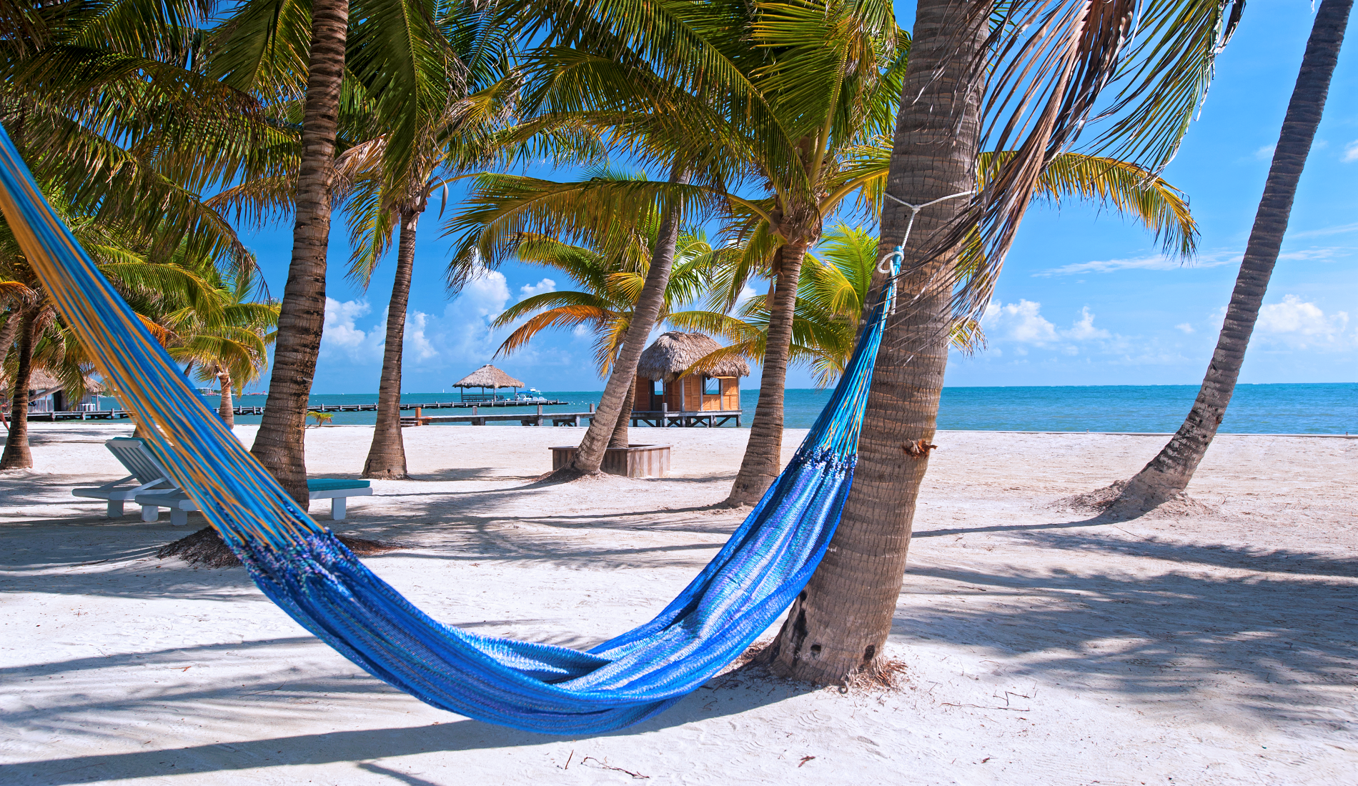 luxe reis belize strand ambergris caye
