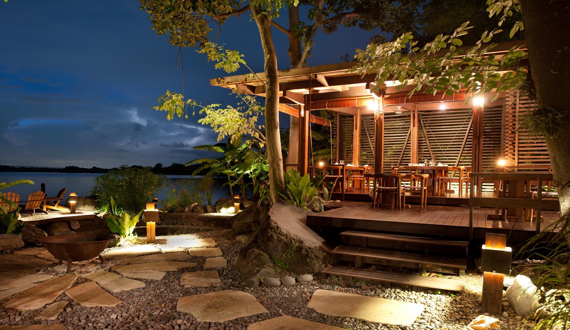 luxe reis nicaragua restaurant