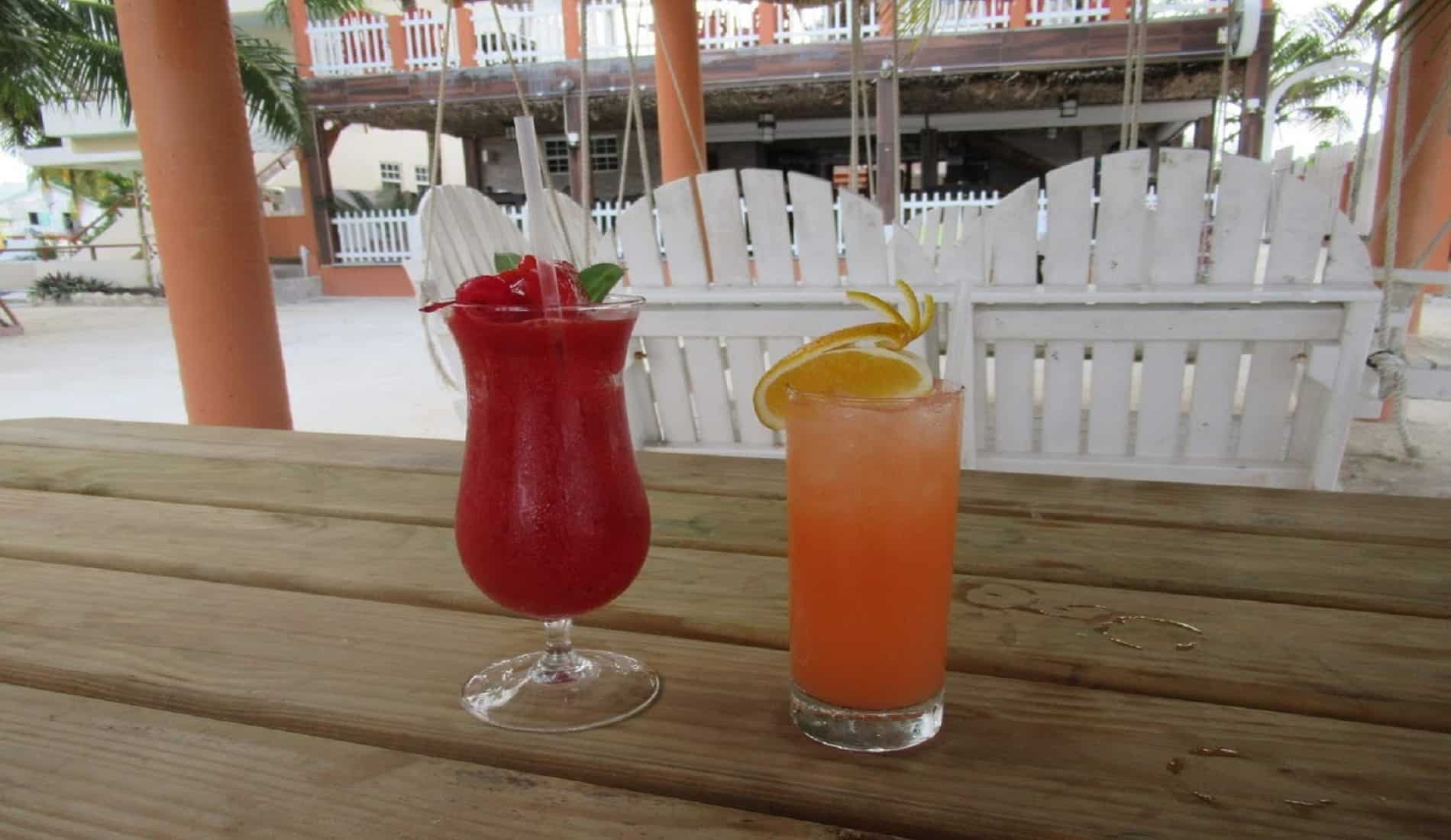 reisverslag belize caye caulker cocktail