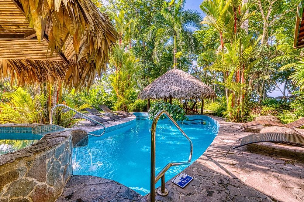 strandvakantie costa rica panama zwembad caribisch