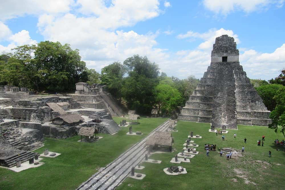 tikal maya stad