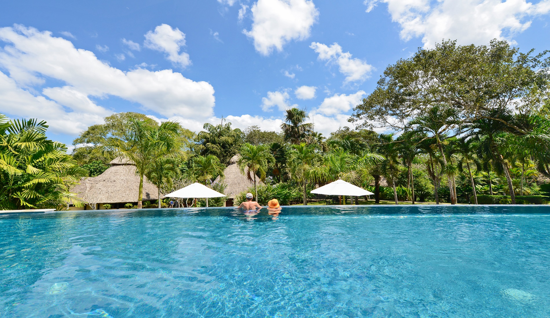 zwembad san ignacio luxe reis belize